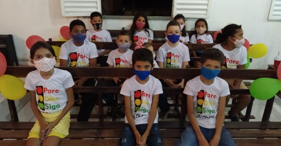 Congregação ICP Gado Bravo faz culto do dia das crianças.